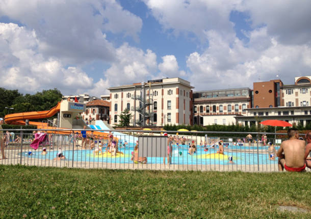 Alla manara si apre la stagione delle piscine all 39 aperto - Zero piscina busto arsizio ...