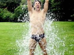 roberto bolle ice bucket challenge