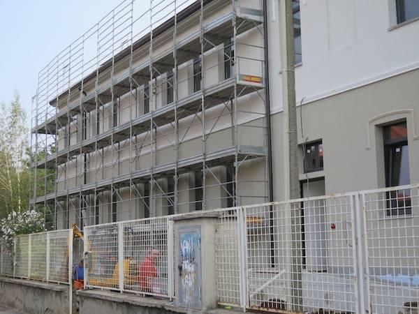 Cantiere della scuola media di Cedrate (inserita in galleria)