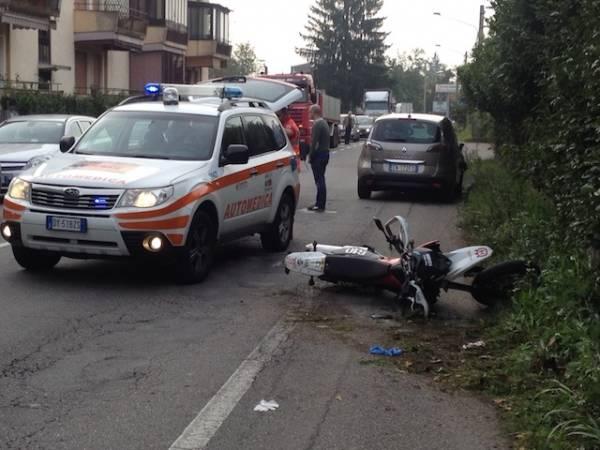 Auto contro moto sulla Varesina (inserita in galleria)