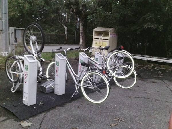 Bici vandalizzate (inserita in galleria)
