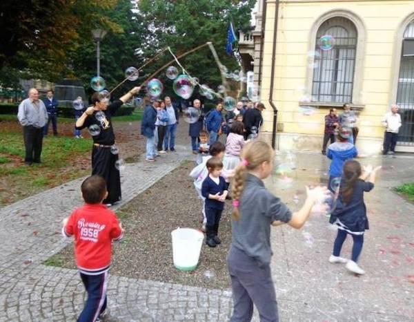 Flash-mob contro la violenza sulle donne (inserita in galleria)