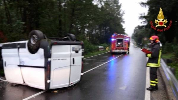 Incidente stradale in Valcuvia (inserita in galleria)
