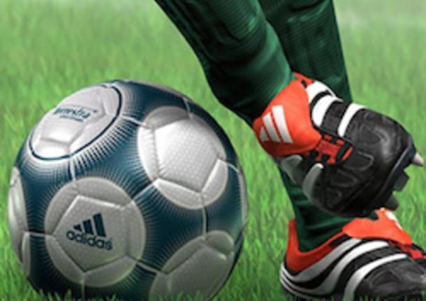 pallone da calcio scarpette