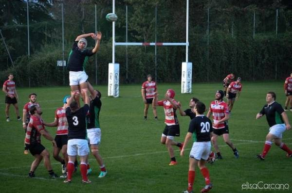 Rugby: Varese - Rho 48-12 (inserita in galleria)