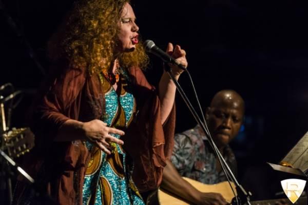 Sarah Jane Morris al Blue Note (inserita in galleria)
