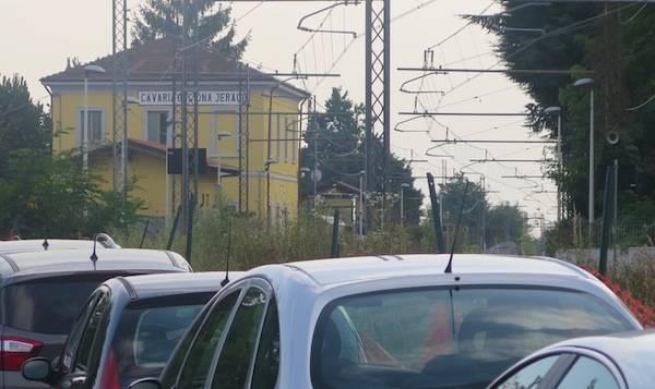 Stazione di Cavaria-Oggiona-Jerago (inserita in galleria)