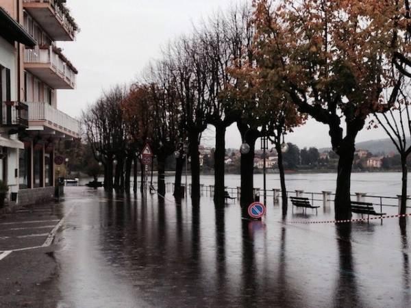 Acqua alta a Sesto Calende (inserita in galleria)