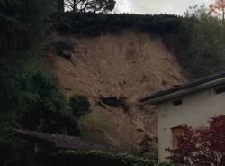 Due morti sotto una frana a Cerro di Laveno (inserita in galleria)