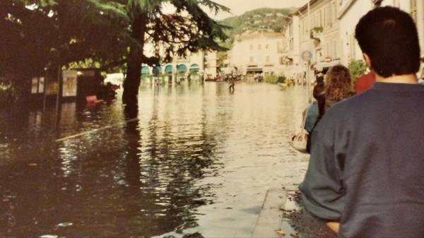 Esondazione del 2000 a Luino (inserita in galleria)