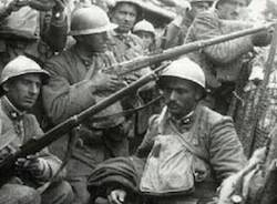 grande guerra prima mondiale trincea apertura soldati