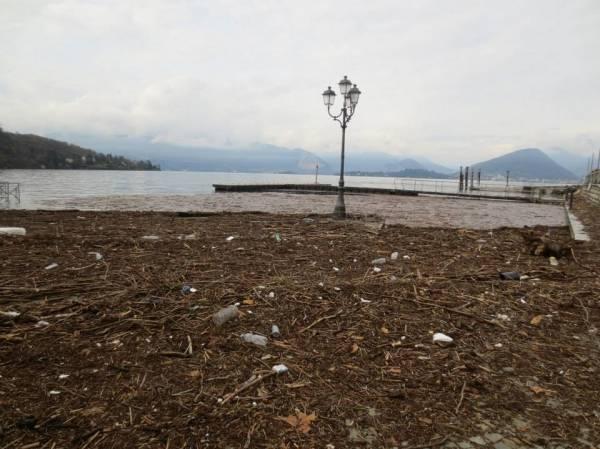 Il lago dopo la tempesta (inserita in galleria)