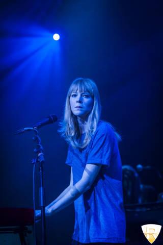 Lucy Rose in concerto all'Alcatraz, in apertura dei Counting Crow (inserita in galleria)