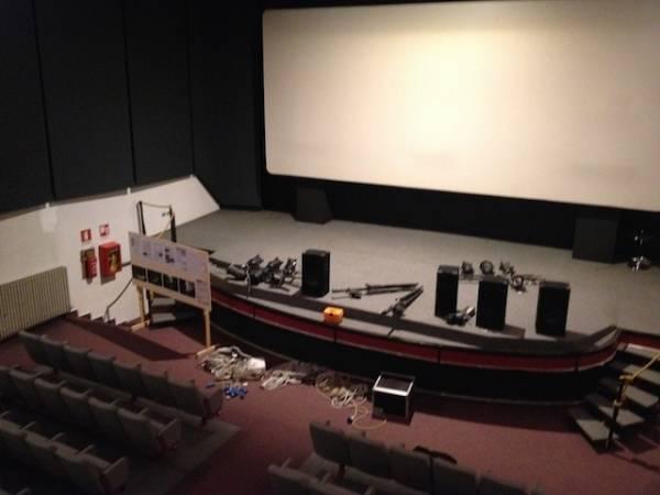 Rinasce coi volontari il cinema Grassi di Tradate (inserita in galleria)