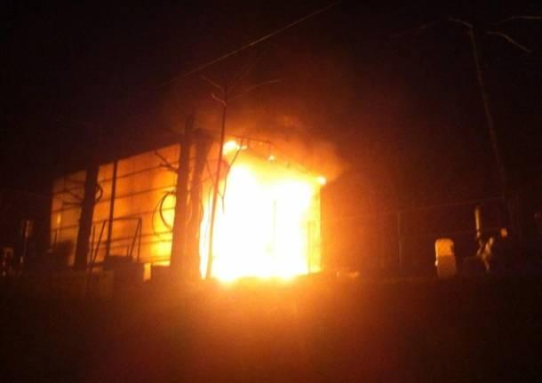 Esplosione in un bar a Milano, 10 feriti