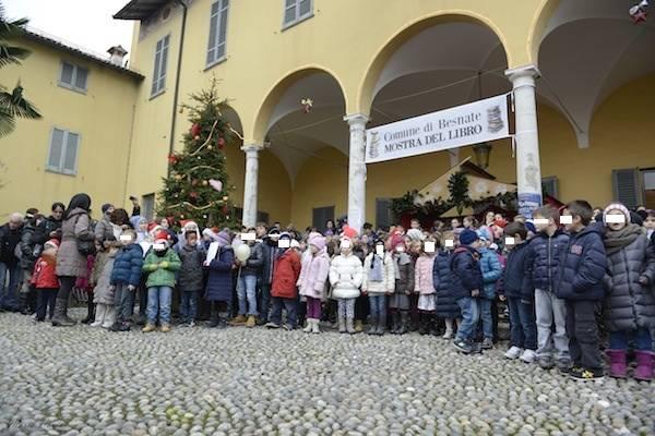Natale in piazza a Besnate (inserita in galleria)