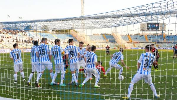 Pescara - Varese 2-0 (inserita in galleria)