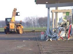 rapinatori distributori benzina