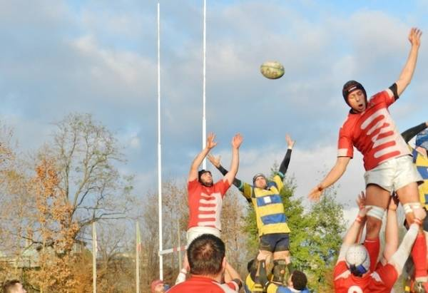 Rugby: Varese - Cus Pavia 39-5 (inserita in galleria)
