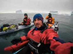 spedizione groenlandia kayak matteo della bordella