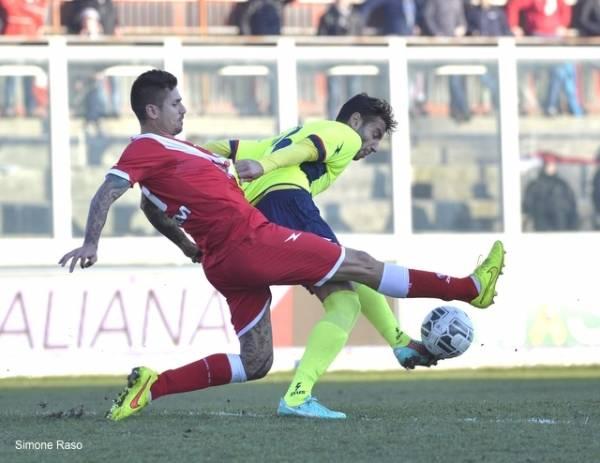 Varese - Crotone 1-0 (inserita in galleria)