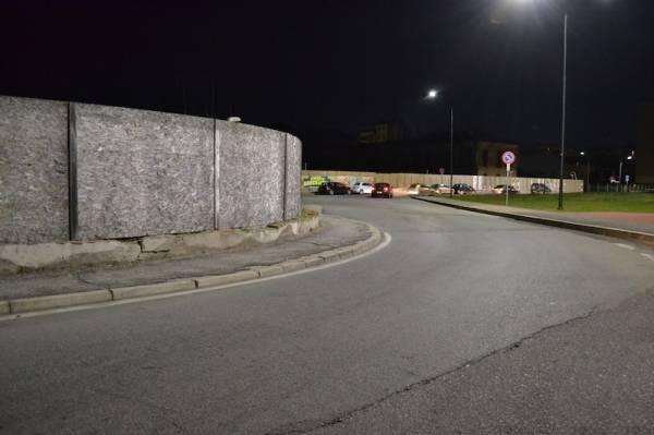 I nuovi lampioni di via Monti (inserita in galleria)