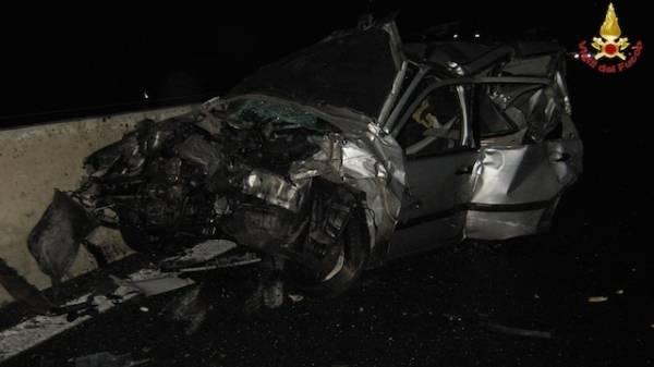 Incidente in A8, le foto dei mezzi (inserita in galleria)