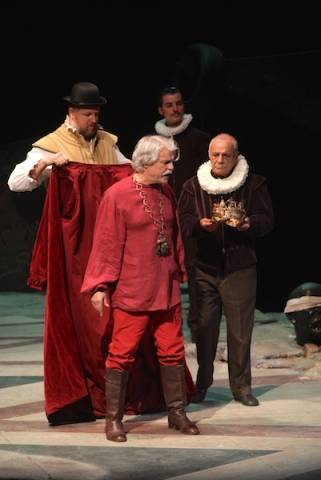 """Re Lear, Michele Placido """"strega"""" il Teatro di Varese (inserita in galleria)"""