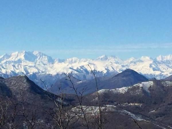 Veduta sul monte Orsa (inserita in galleria)