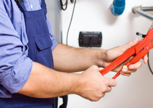 caldaia casa riscaldamento manutenzione controllo
