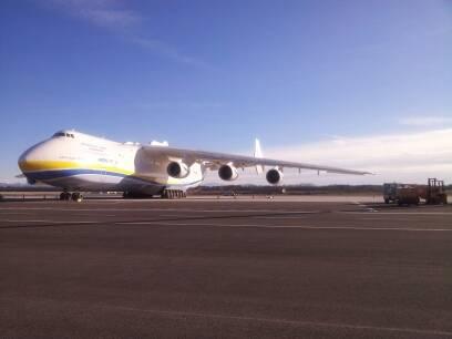 L'Antonov AN225 è arrivato (inserita in galleria)