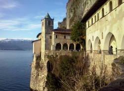 L'eremo di Santa Caterina del Sasso
