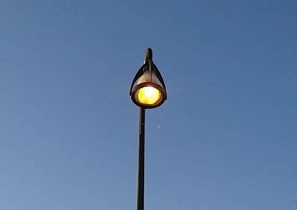 lampione acceso schiranna