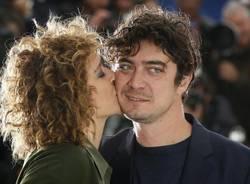 Scamarcio e Golino sposi (inserita in galleria)