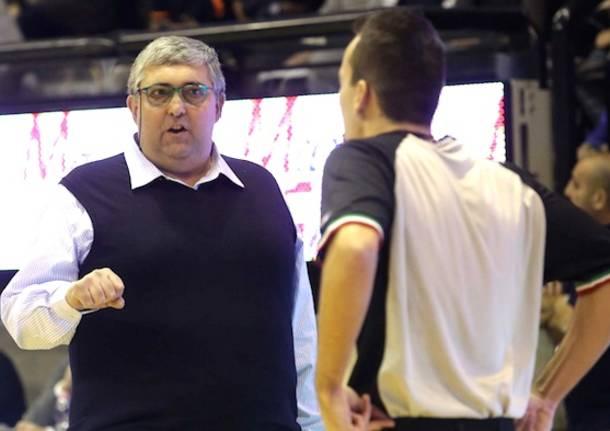 stefano pillastrini allenatore basket treviso 2015