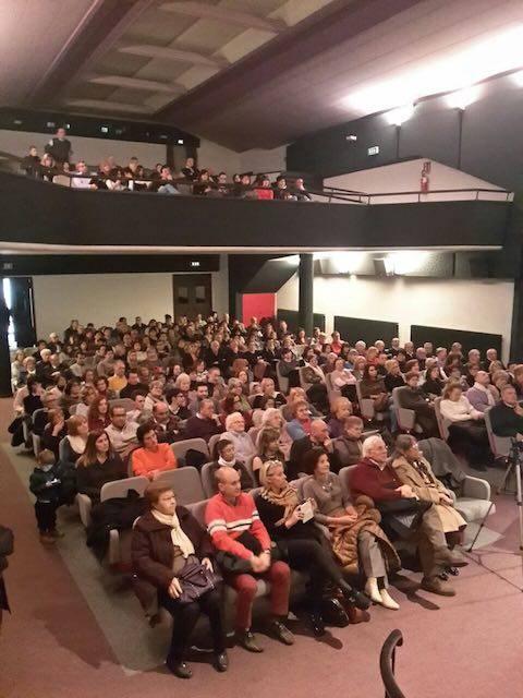 """A Tradate il teatro Grassi rinasce con """"L'elisir d'amore"""""""