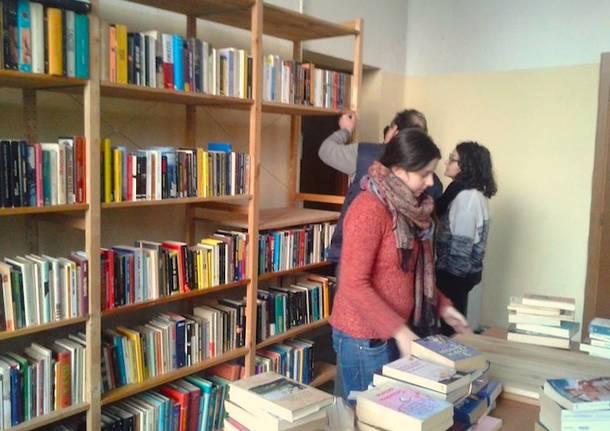 Libri quartiere Angolo Lettura Arnate Gallarate