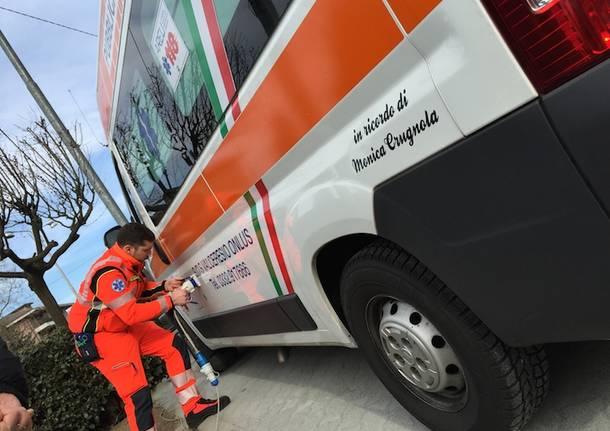 Nuova ambulanza a Induno Olona