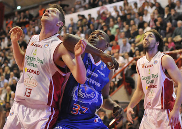 pistoia cantù basket metta world peace