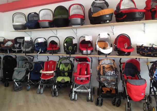 Il miglior usato per bambini da Baby Bazar Busto Arsizio - VareseNews 2d9d4c46985