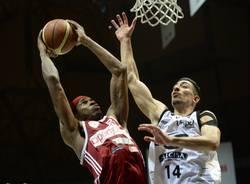 basket virtus bologna pallacanestro varese 86-78