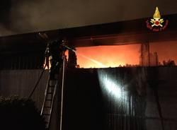 incendio deposito barche a Mesenzana