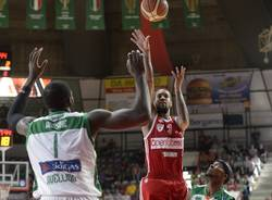 basket serie a Openjobmetis Varese - Sidigas Avellino 66-73