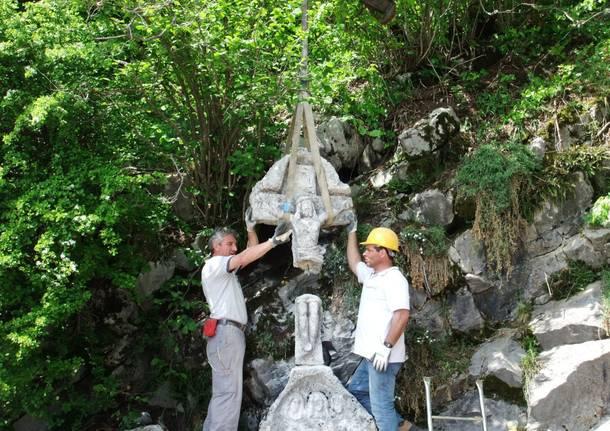Campo dei Fiori, spostato il crocifisso dello scultore Caravati