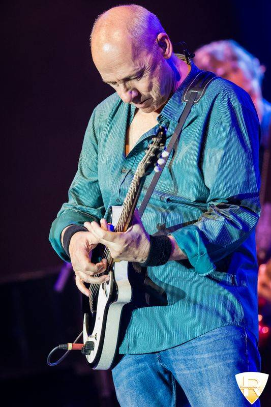 Mark Knopfler in concerto al Forum di Assago
