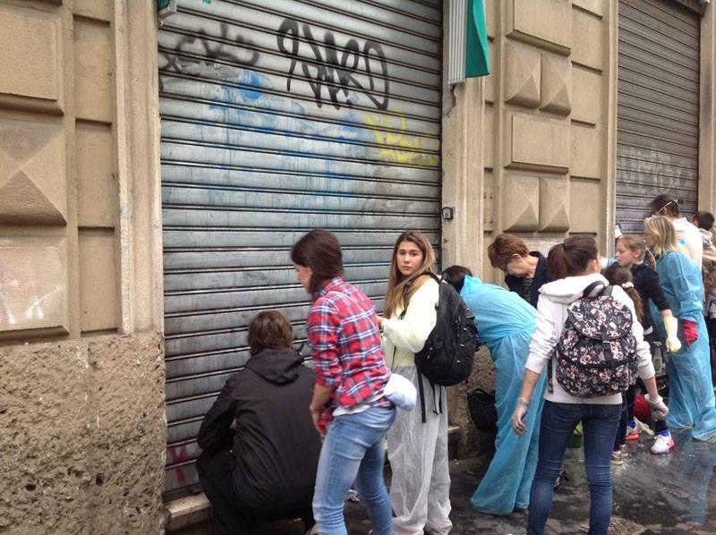 Milano pulisce la città