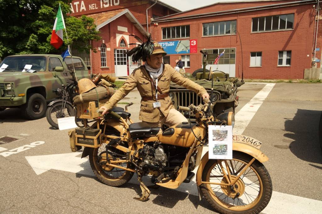 Raduno mezzi militari storici a Volandia