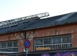 """""""Salta"""" il tetto di una tintoria, pericolo amianto"""