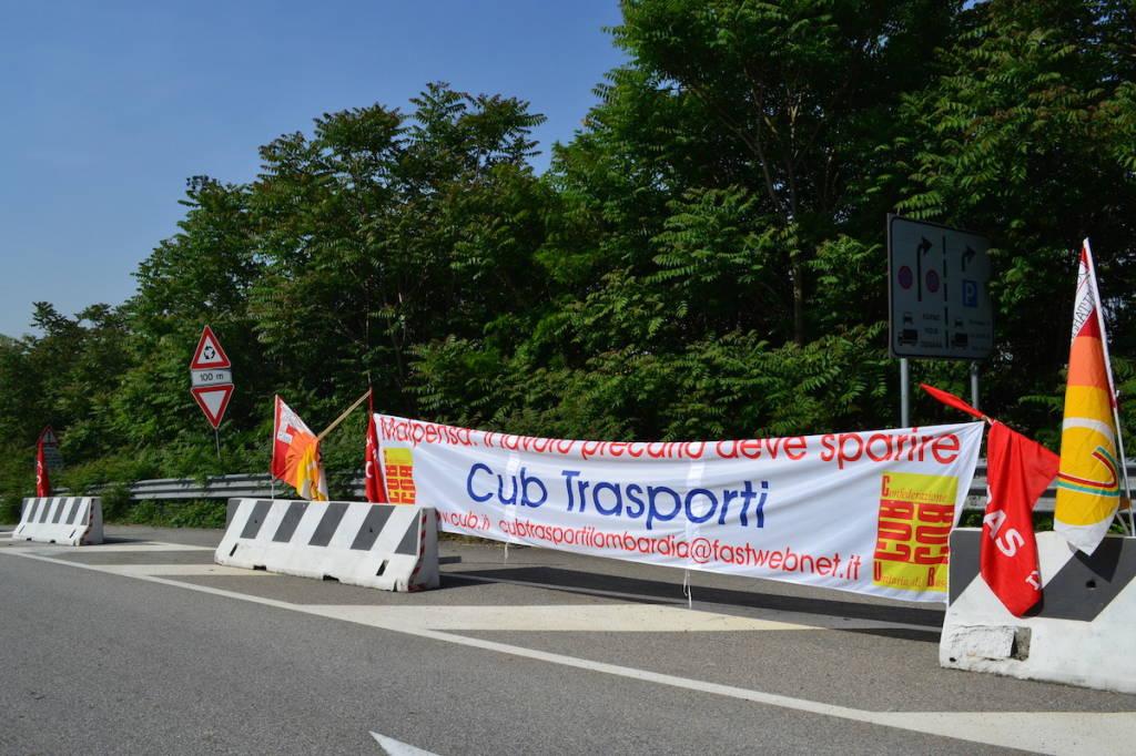 Sciopero alla Hupac, autostrade bloccate