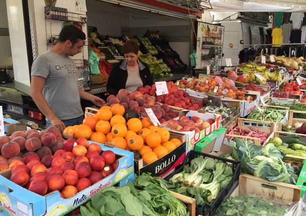 Milano - Fase 2, Coldiretti: in Lombardia 4 mila ambulanti per cibi e bevande - - Varese News